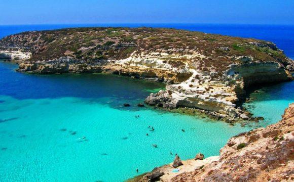 Lampedusa Aprile 2003